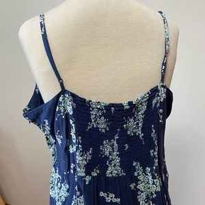 Old Navy Dresses - Old Navy XXL navy blue floral dress